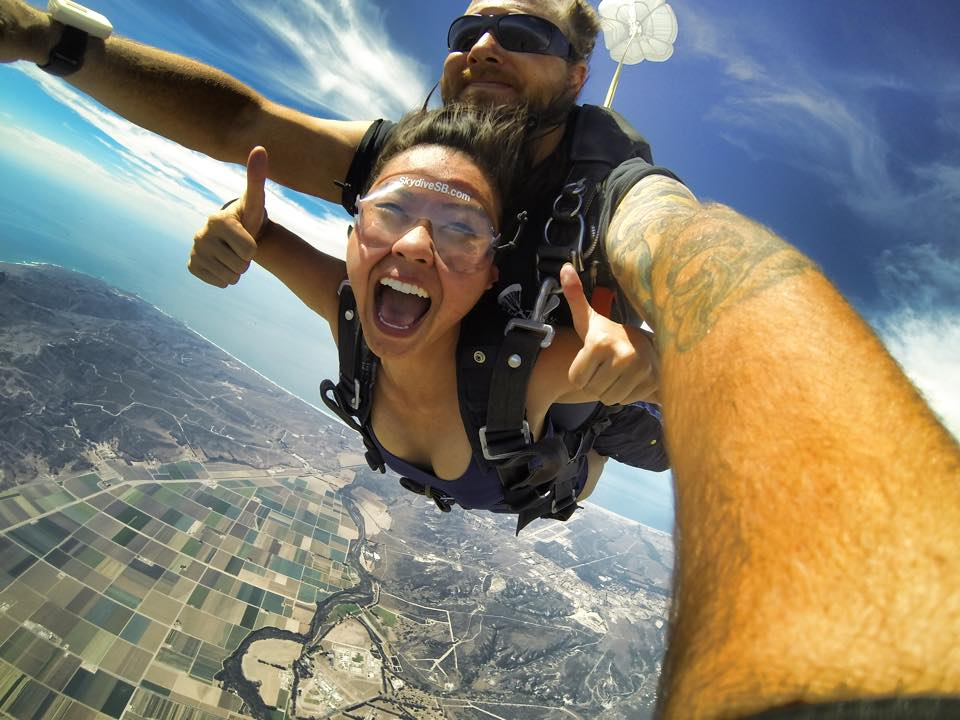 6 Awesome Reasons To Skydive On Valentine's Day