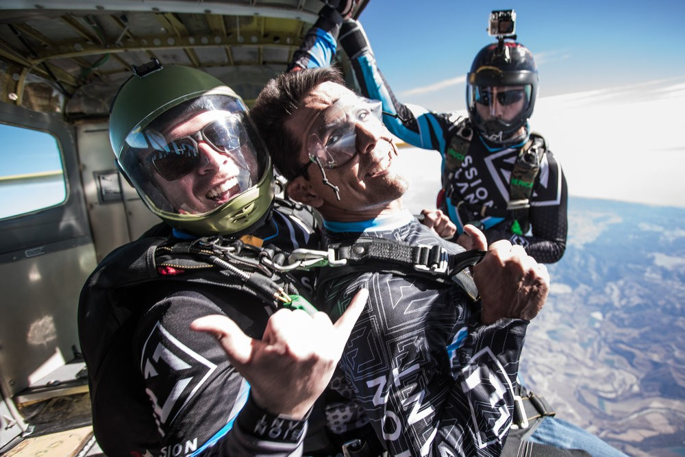 New Year goals you can crush by jumping out of a plane